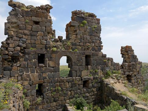 AR0008d Festung Amberd.jpg