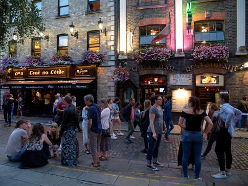IR0009ac Temple Bar Dublin.jpg