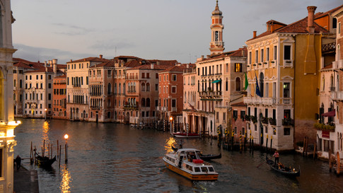 PL05a 41 Canale Grande Nacht.jpg