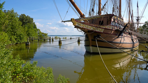 NY0003 Hafen Jamestown.jpg
