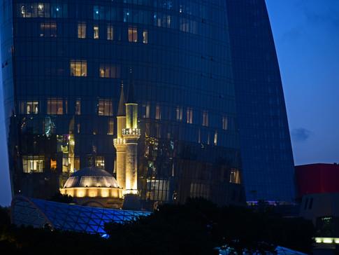 AR0009o Flame Towers Baku.jpg