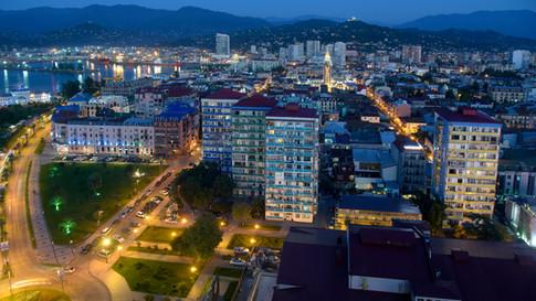 GE0009s Batumi Nacht.jpg