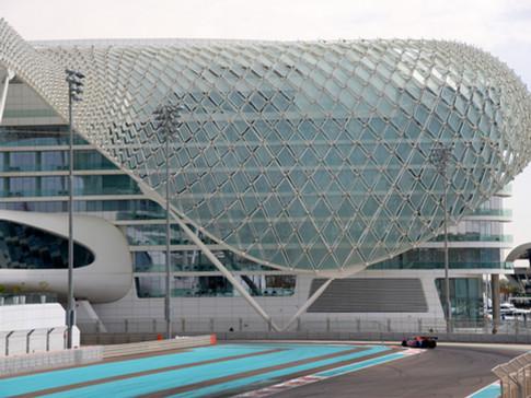 EM0008d Yas Hotel Abu Dhabi.jpg