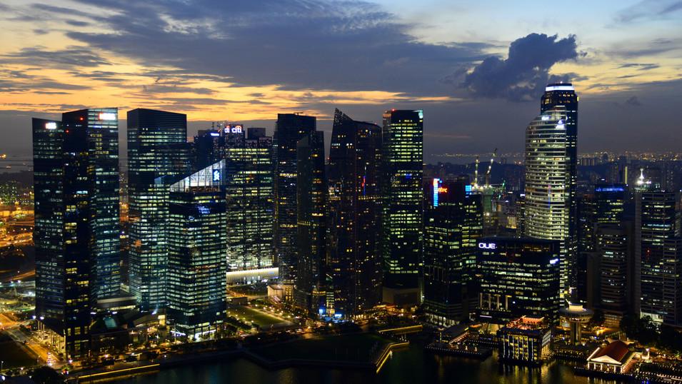 PL06a 45 SB0759 Downtown Singapur Nacht.