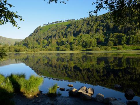 IR0009d Lower Lake Glendalough.jpg