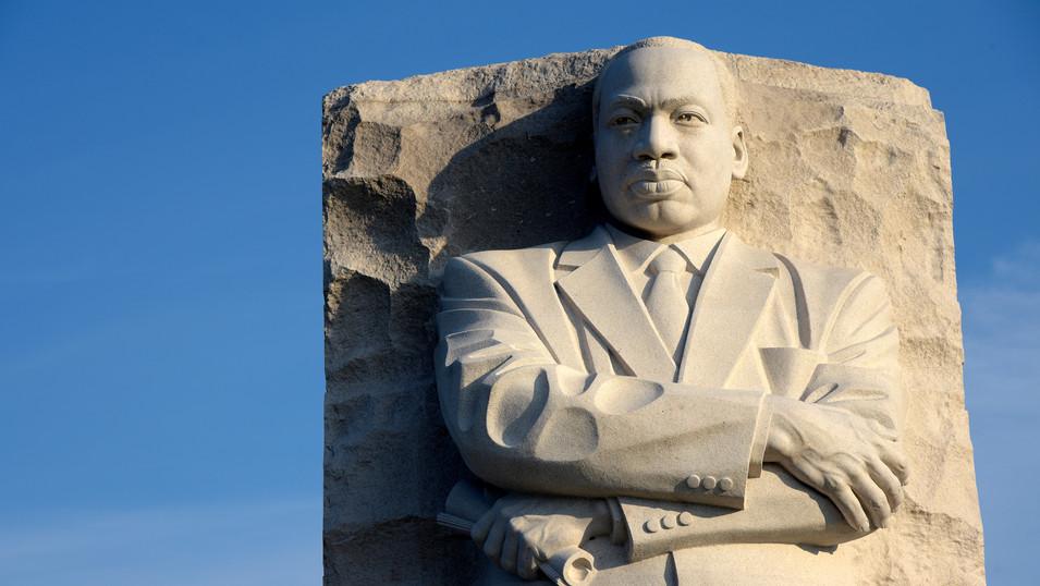 NY0009d King Denkmal Washington.jpg
