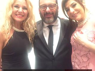 Dra. Bugallo colaborando con la cena solidaria de la Casa Del Teatro.