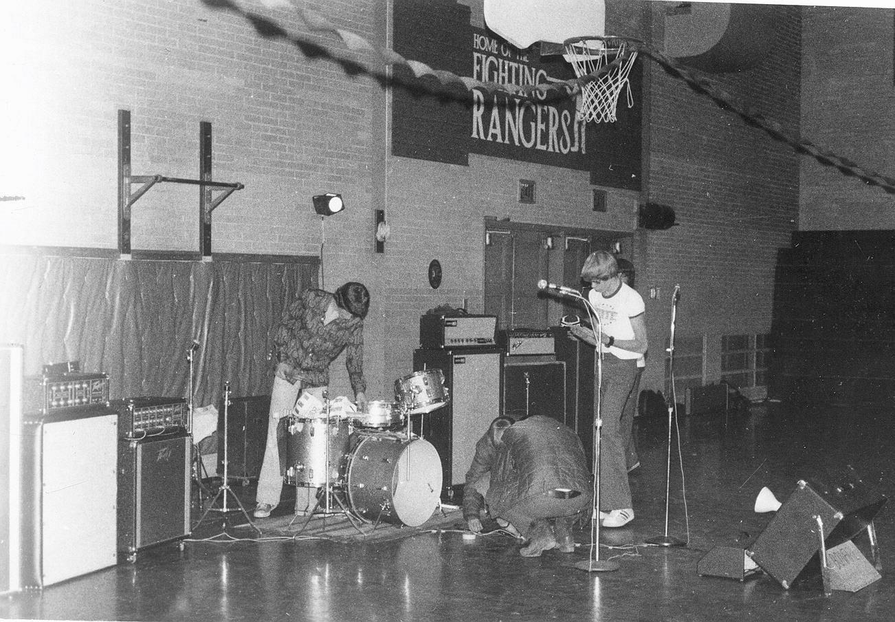 LPGymnasiumGig1974.jpg