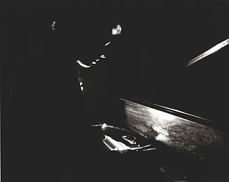 FL-piano-chickering-dark.jpg