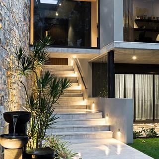 LAKE WEYBA HOUSE