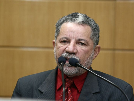 Gualberto presta solidariedade a vereador que sofreu ameaças de policial