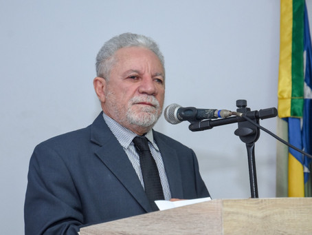 Gualberto cobra respeito à política e cita exemplo de Marcos Santana como gestor