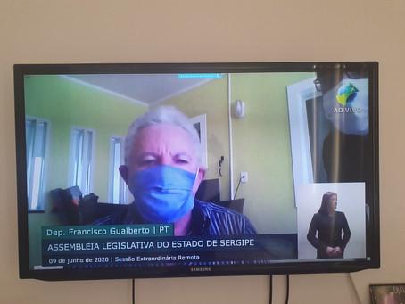 Gualberto repudia prática do racismo na sociedade brasileira