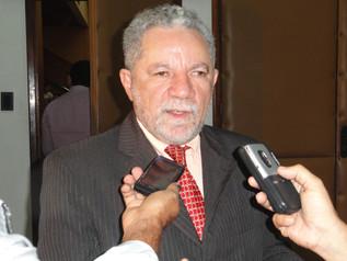 Gualberto planeja pautas nacionais numa possível candidatura a deputado federal