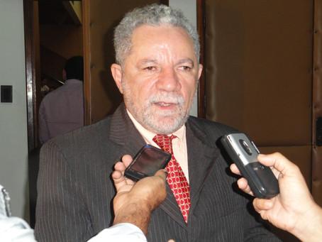 Gualberto comemora soltura de Lula e diz que STF corrigiu equívoco sobre Constituição