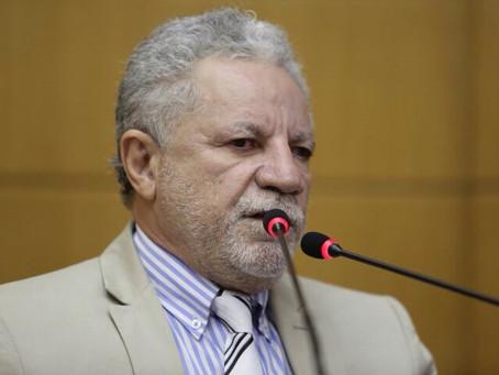 Gualberto diz que Governo tem responsabilidade com dinheiro público