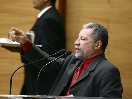 Gualberto faz defesa do projeto que busca recursos para pagamento da folha salarial dos servidores