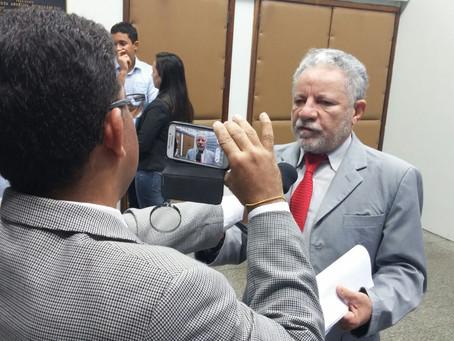 """""""Sergipe é o primeiro estado a anunciar forma de pagamento do 13º"""", diz Gualberto"""