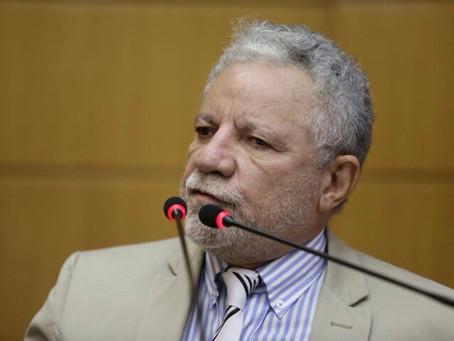 Gualberto cobra soluções dos demais poderes para problemas com a previdência estadual
