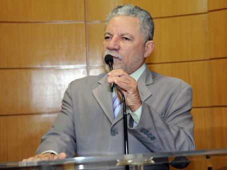 Gualberto condena baixarias na campanha eleitoral de Valadares Filho