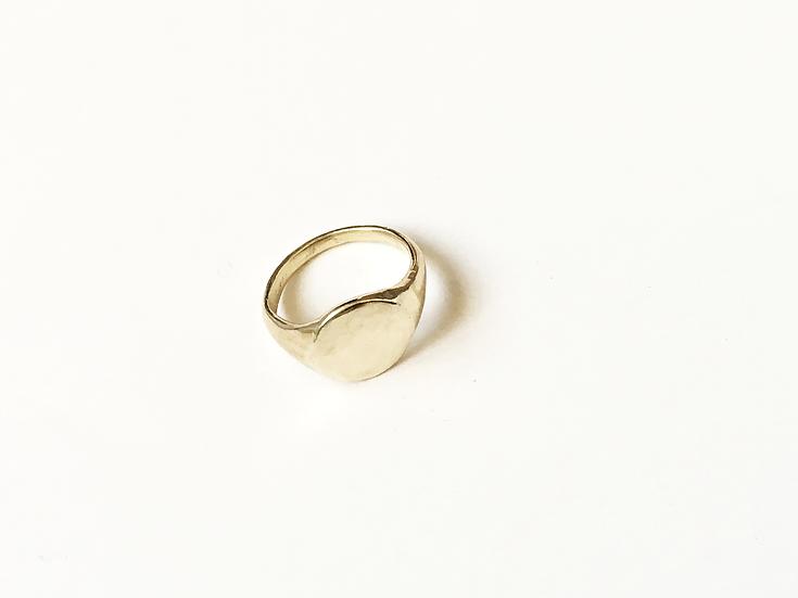 Legacy Signet Ring