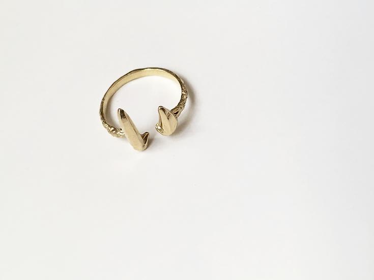 Zincite Cuff Ring