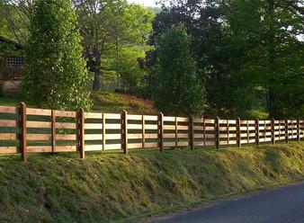 lrg_commecial-fence2.jpg