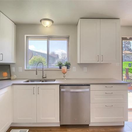 staged modern kitchen