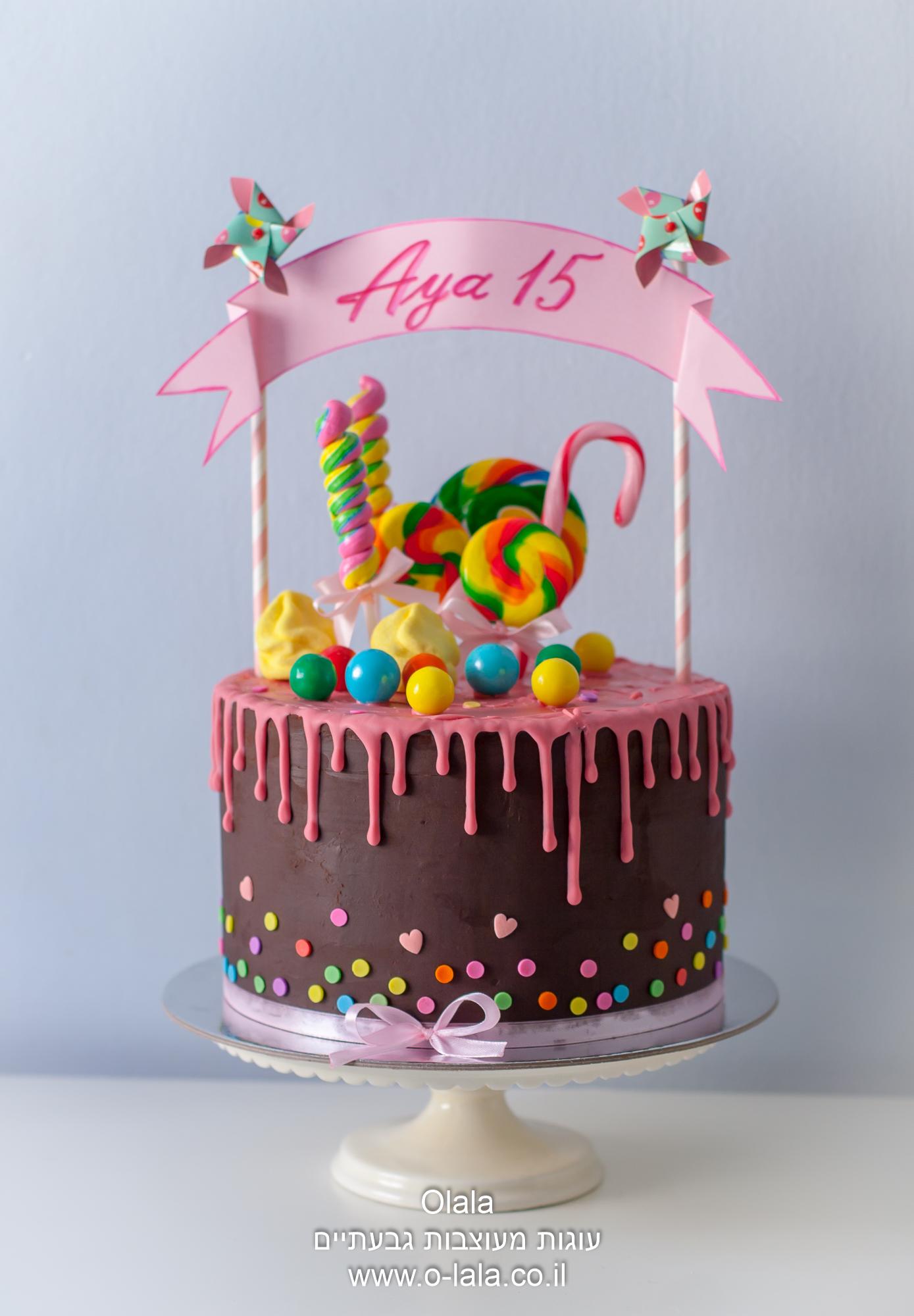 עוגת שוקולד עם נטיפים