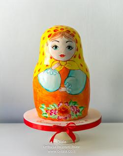 עוגת מטריושקה בבושקה 45 סמ גובה