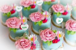 מיני עוגות לבת מצווה