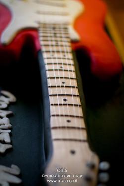 עוגת גיטרה