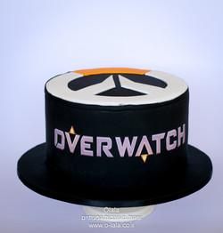 עוגת יום הולדת לבן