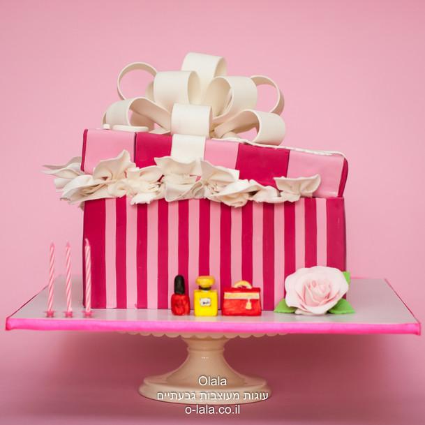 עוגת קופסת מתנה
