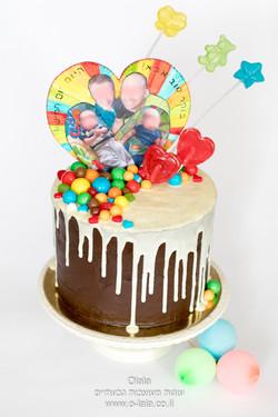 עוגה עם סוכריות