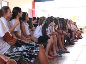 PET dá inicio as atividades de extensão na escola N. Srª de Lourdes e escola Paulo Freire