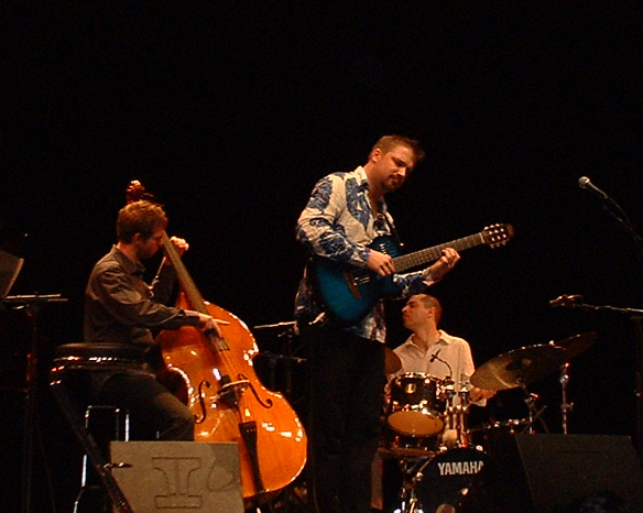 Juan 2005 April 1