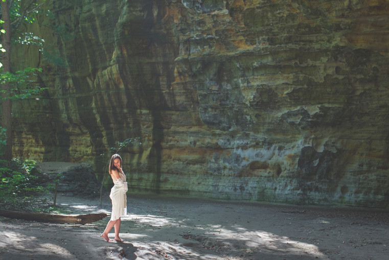 starved rock boudoir session.jpg