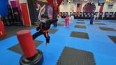 Tony Flying Side Kick