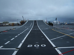 800px-Aircraft_carrier_HMS_Ark_Royal_(R07)_pic_32.jpg