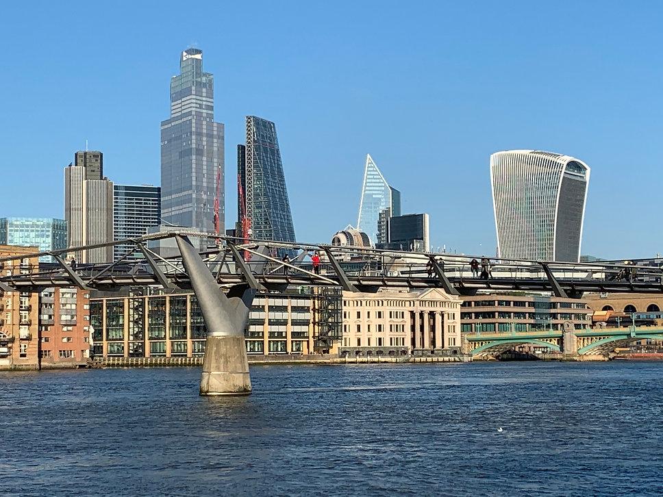 Ecuanime in London