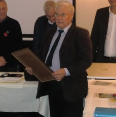Manfred Russ receives Honorary VP award from IDBF