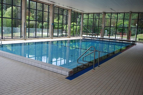 piscine Trois-Ponts.jpg