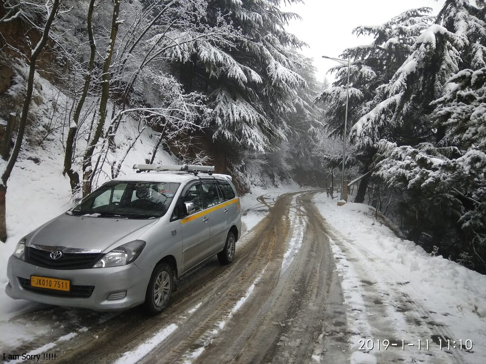 Taxi In Srinagar