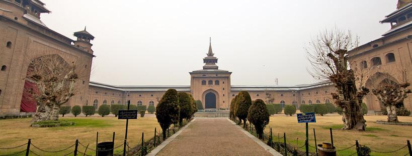 Jamai Masjid in Srinagar