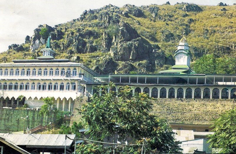 Shrines and Mosques in Srinagar