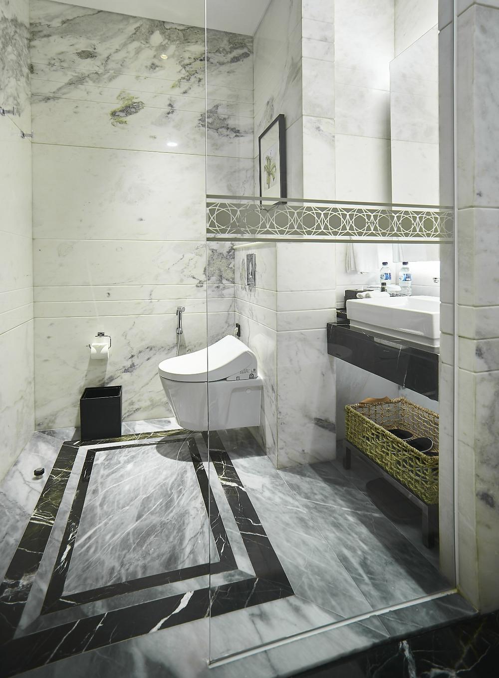 marmer bathroom JHL Solitaire