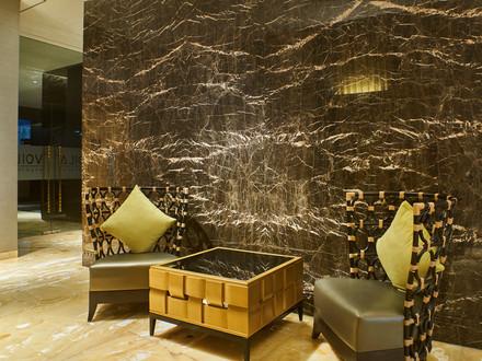 Tertarik Membuat Dinding Marmer yang Mewah? Perhatikan Faktor Penting Ini!