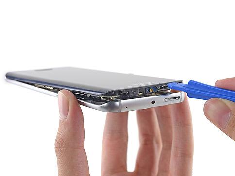 sz-iFixit-Samsung-Galaxy-S6-Edge11.jpg