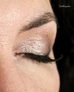 Oko #makijaż #naturalmakeup #beże  #este